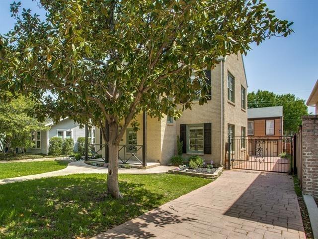 3 Bedrooms, North Hi Mount Rental in Dallas for $2,865 - Photo 2