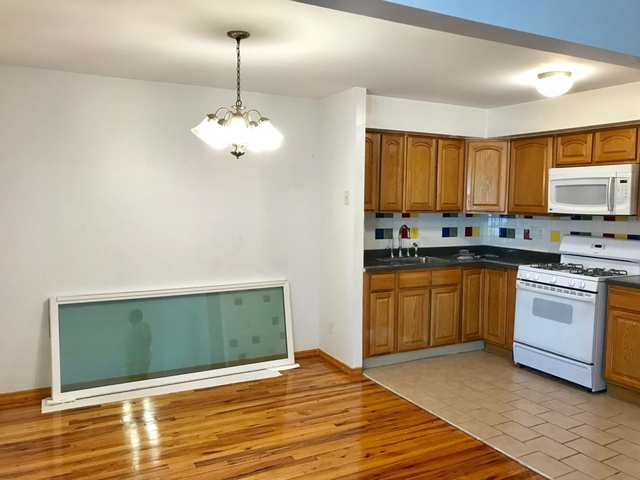 3 Bedrooms, Steinway Rental in NYC for $2,800 - Photo 2