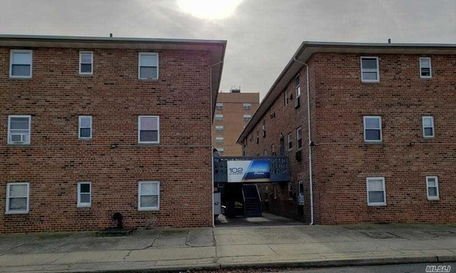 2 Bedrooms, Westholme North Rental in Long Island, NY for $2,150 - Photo 1