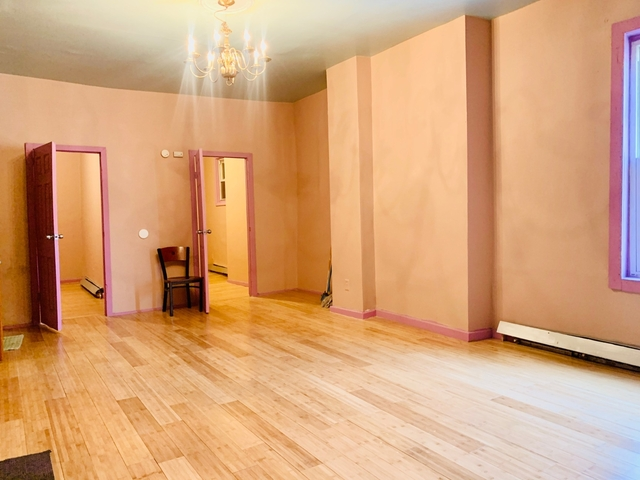 3 Bedrooms, East New York Rental in NYC for $2,000 - Photo 2