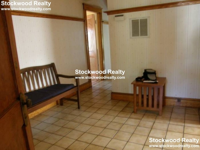3 Bedrooms, Ashmont Rental in Boston, MA for $2,700 - Photo 2