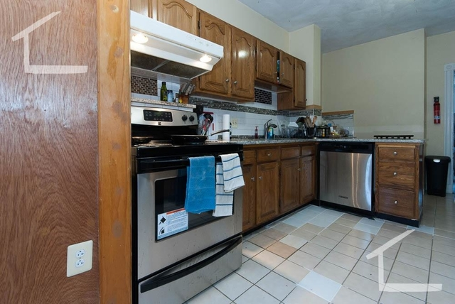 5 Bedrooms, Commonwealth Rental in Boston, MA for $4,350 - Photo 2