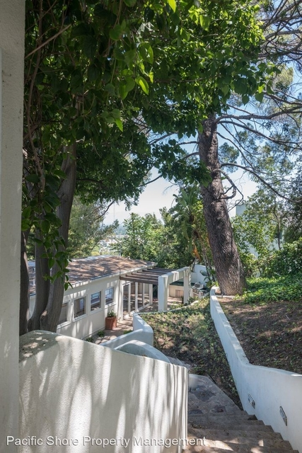 4 Bedrooms, Sherman Oaks Rental in Los Angeles, CA for $9,500 - Photo 2