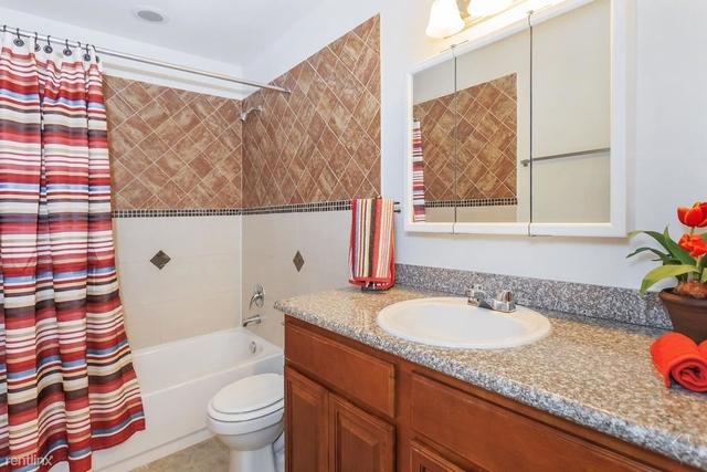 2 Bedrooms, Energy Corridor Rental in Houston for $1,000 - Photo 1
