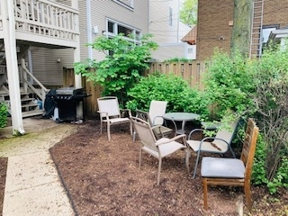 3 Bedrooms, Wrightwood Rental in Chicago, IL for $3,795 - Photo 2