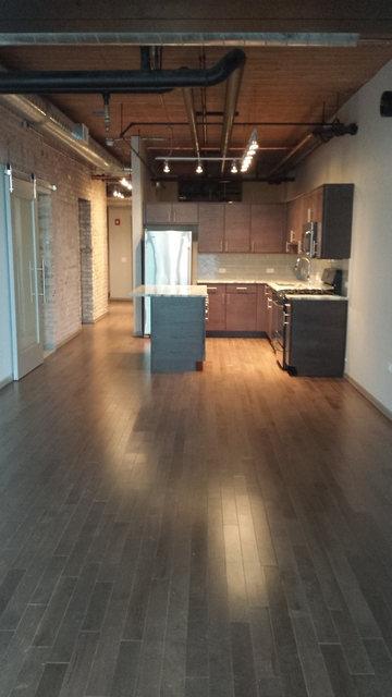 2 Bedrooms, Streeterville Rental in Chicago, IL for $4,630 - Photo 1