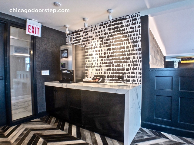 1 Bedroom, Gold Coast Rental in Chicago, IL for $2,845 - Photo 1