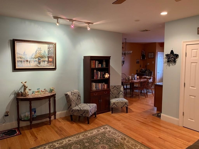 2 Bedrooms, South Quincy Rental in Boston, MA for $2,400 - Photo 2