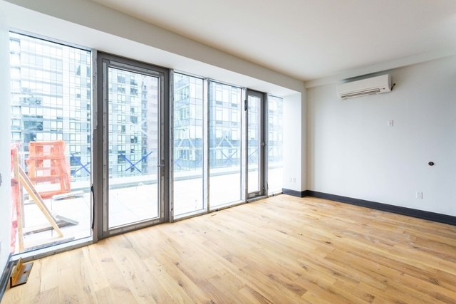 1 Bedroom, Long Island City Rental in NYC for $3,646 - Photo 2