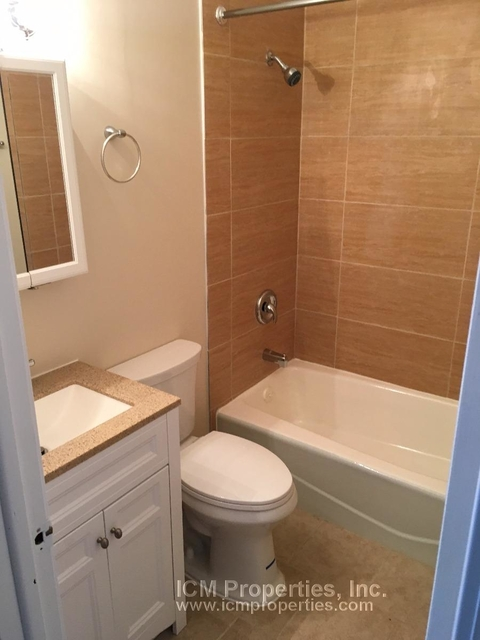 2 Bedrooms, Wrightwood Rental in Chicago, IL for $2,150 - Photo 1