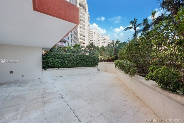 2 Bedrooms, Tropical Isle Homes East Rental in Miami, FL for $6,700 - Photo 2
