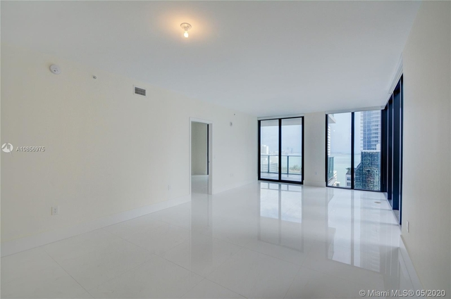 3 Bedrooms, Miami Financial District Rental in Miami, FL for $5,200 - Photo 2