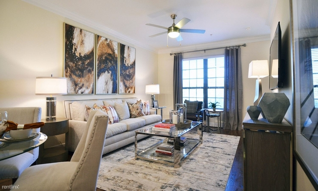 1 Bedroom, Memorial Ridge Townhome Apts Rental in Houston for $1,800 - Photo 1