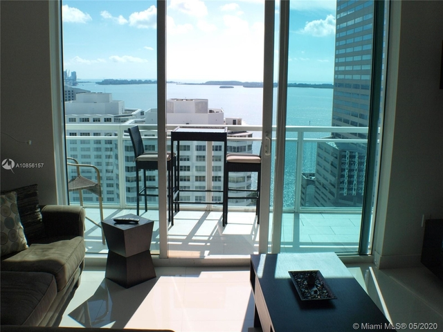 2 Bedrooms, Miami Financial District Rental in Miami, FL for $3,200 - Photo 2