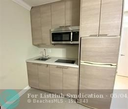 1 Bedroom, Beverly Heights Rental in Miami, FL for $1,400 - Photo 2