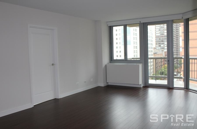 3 Bedrooms, Murray Hill Rental in NYC for $5,886 - Photo 2