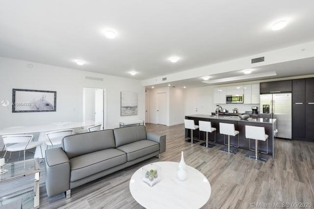 2 Bedrooms, Northeast Coconut Grove Rental in Miami, FL for $3,000 - Photo 2