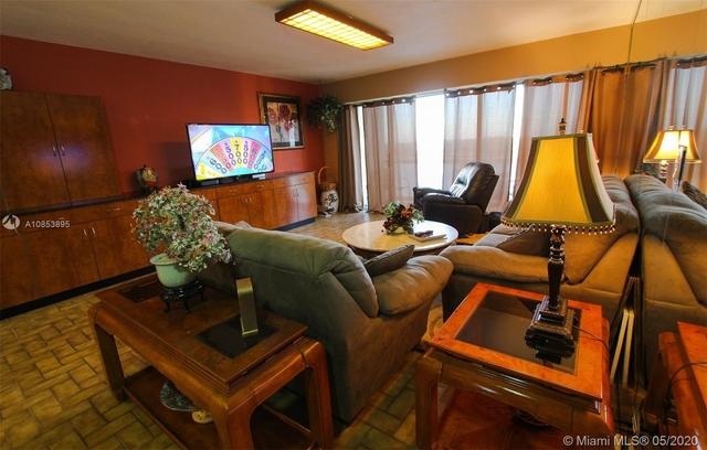 2 Bedrooms, Millionaire's Row Rental in Miami, FL for $2,450 - Photo 2
