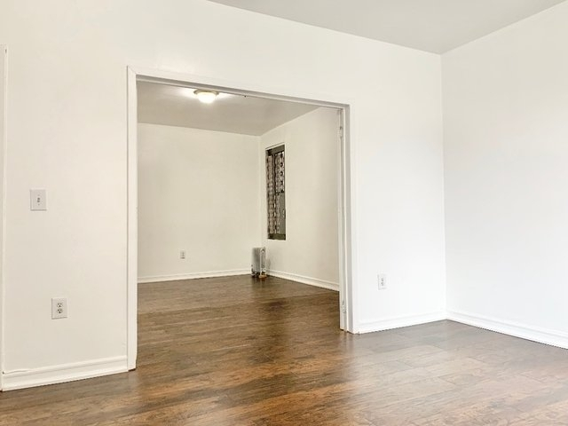 3 Bedrooms, Washington Heights Rental in NYC for $3,150 - Photo 2