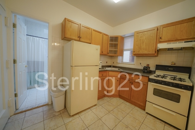 2 Bedrooms, Astoria Rental in NYC for $1,800 - Photo 1