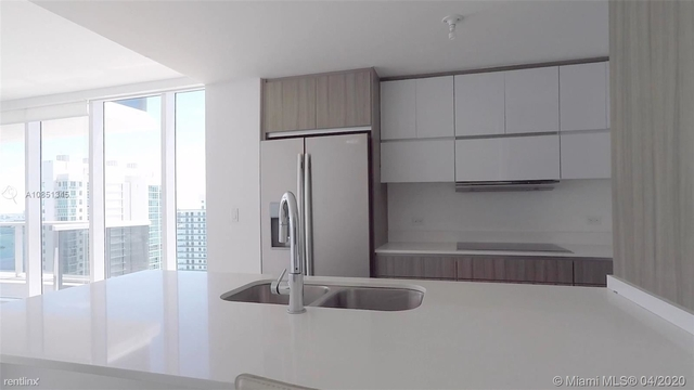 3 Bedrooms, Goldcourt Rental in Miami, FL for $3,700 - Photo 2