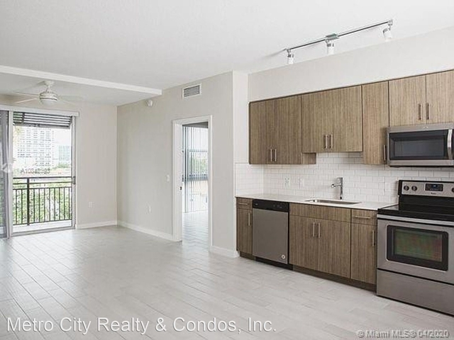 1 Bedroom, Country Club Rental in Miami, FL for $1,654 - Photo 2