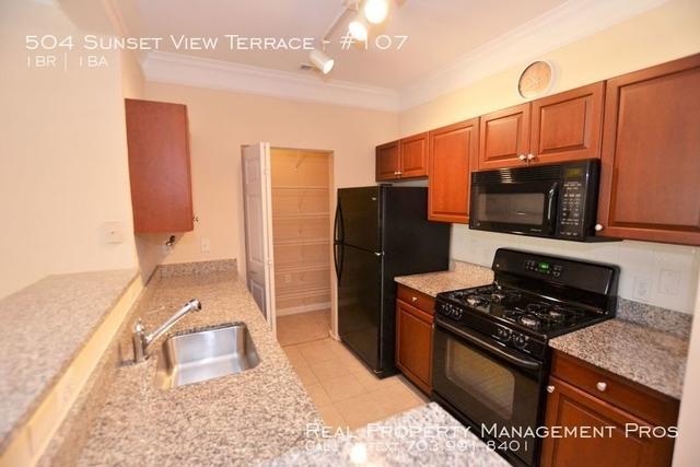 1 Bedroom, Stratford Rental in Washington, DC for $1,650 - Photo 2