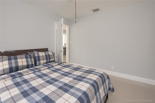 3 Bedrooms, Sailboat Bend Rental in Miami, FL for $3,000 - Photo 2