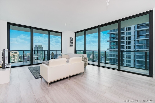 3 Bedrooms, Brickell Rental in Miami, FL for $4,300 - Photo 2