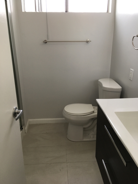 2 Bedrooms, Rancho Adjacent Rental in Los Angeles, CA for $2,595 - Photo 2