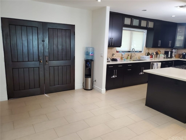 4 Bedrooms, Sherman Oaks Rental in Los Angeles, CA for $9,995 - Photo 1