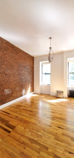 Loft, Hell's Kitchen Rental in NYC for $2,000 - Photo 2