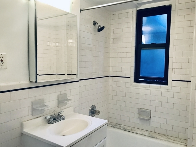 1 Bedroom, Rose Hill Rental in NYC for $3,254 - Photo 2