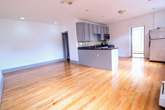 3 Bedrooms, Kensington Rental in NYC for $3,000 - Photo 1