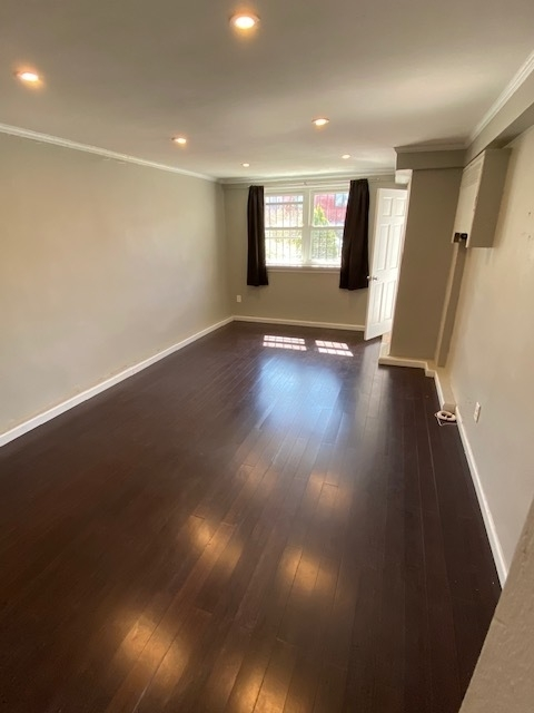 1 Bedroom, Jackson Heights Rental in NYC for $2,200 - Photo 2