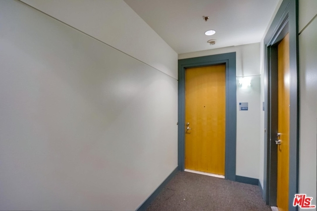 2 Bedrooms, South Park Rental in Los Angeles, CA for $3,600 - Photo 1