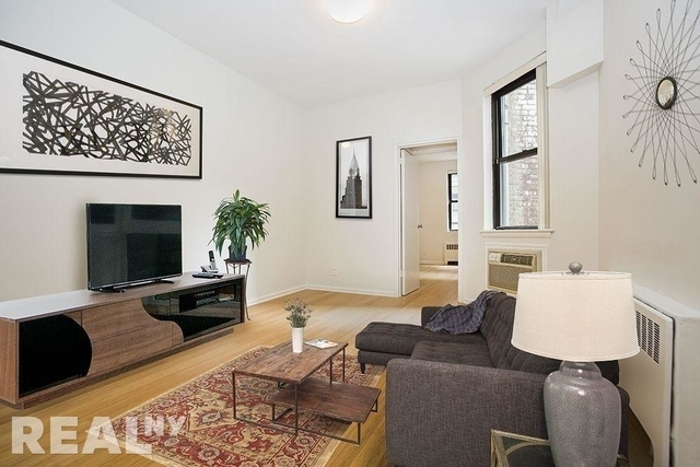 4 Bedrooms, Hell's Kitchen Rental in NYC for $6,852 - Photo 1