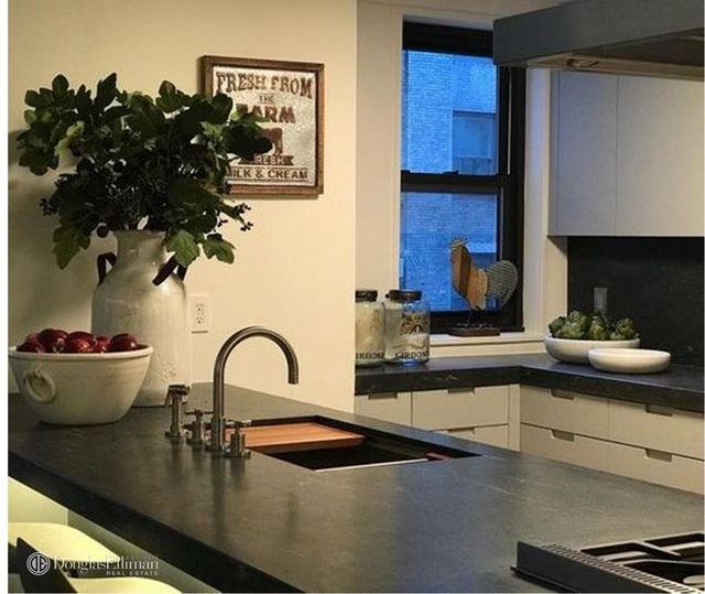 2 Bedrooms, Theater District Rental in NYC for $8,995 - Photo 2