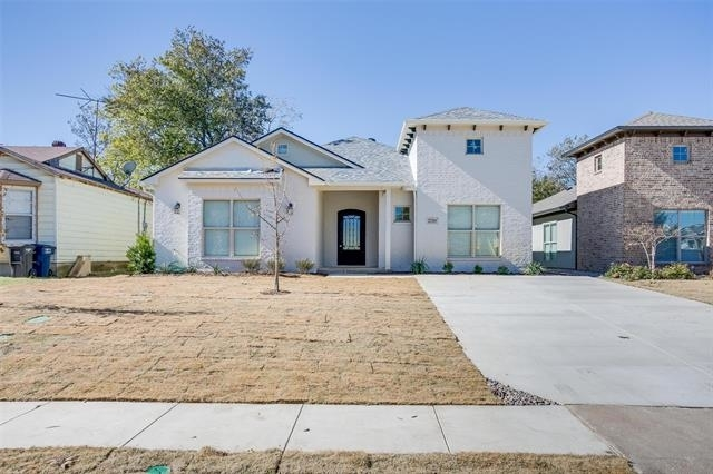 5 Bedrooms, Paschal Rental in Dallas for $4,200 - Photo 2