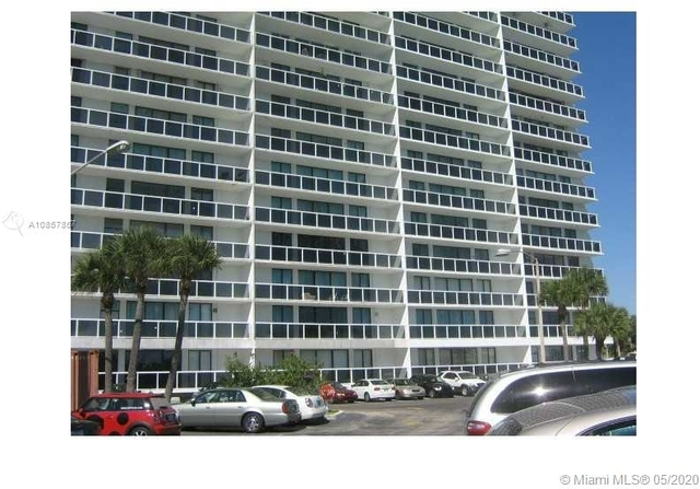 2 Bedrooms, Biscayne Yacht & Country Club Rental in Miami, FL for $2,600 - Photo 1