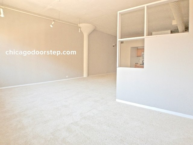 Studio, Old Town Rental in Chicago, IL for $1,900 - Photo 1