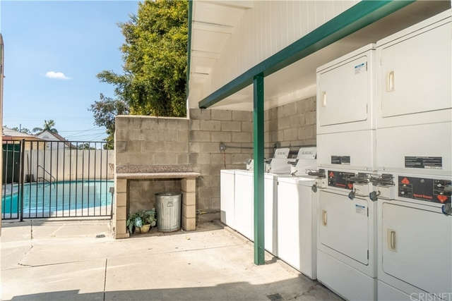 Studio, Larchmont Rental in Los Angeles, CA for $1,595 - Photo 2