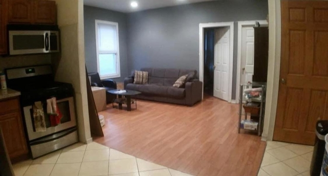 4 Bedrooms, Astoria Rental in NYC for $3,300 - Photo 1