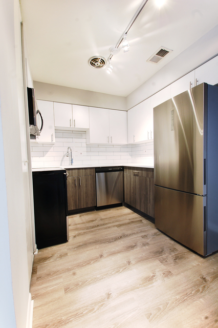 2 Bedrooms, Buena Park Rental in Chicago, IL for $1,960 - Photo 1