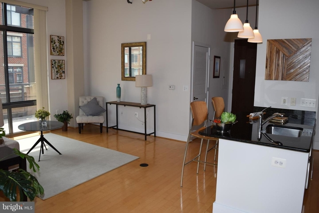 1 Bedroom, Carlyle Square Condominiums Rental in Washington, DC for $2,650 - Photo 2