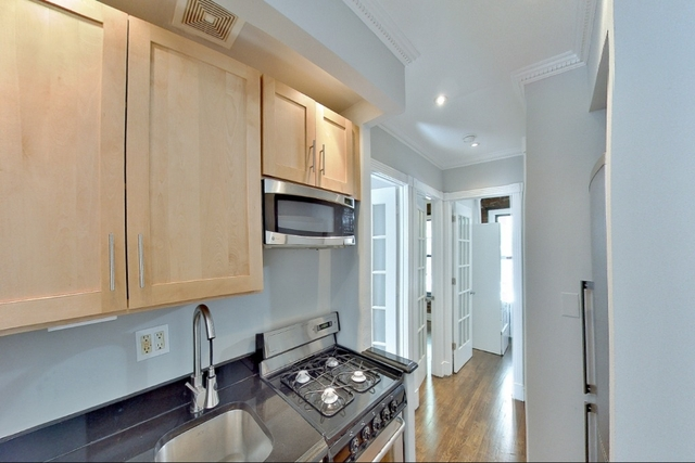 3 Bedrooms, East Village Rental in NYC for $5,695 - Photo 2