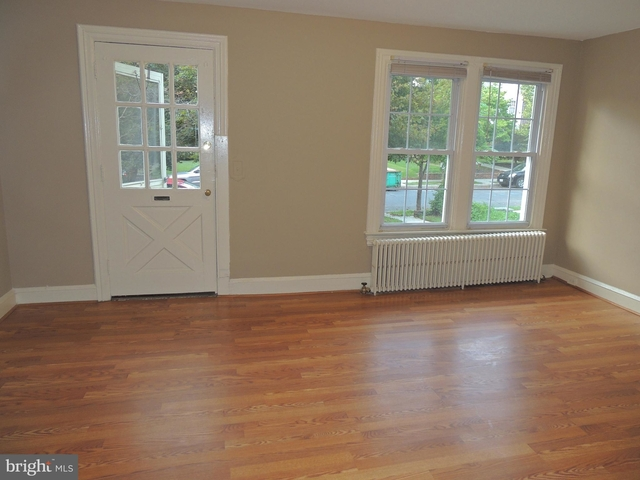 4 Bedrooms, East Village Rental in Washington, DC for $4,025 - Photo 1