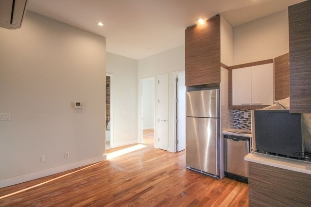 3 Bedrooms, Greenpoint Rental in NYC for $3,641 - Photo 2