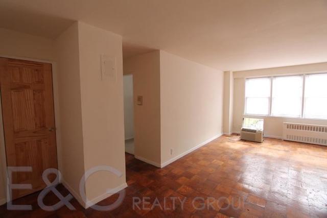 1 Bedroom, Jamaica Estates Rental in NYC for $1,750 - Photo 1