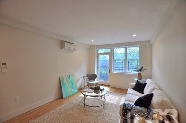 1 Bedroom, Manhattan Terrace Rental in NYC for $2,175 - Photo 2